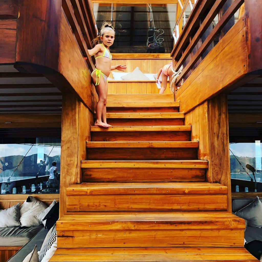 Sailing the Liveaboard Labuan Bajo with Kids the Right Way