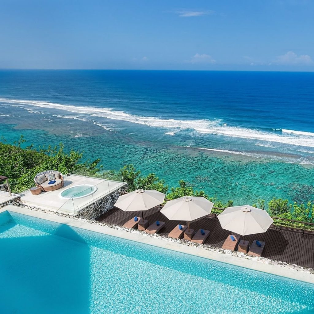 Private Plunge Pools Overlooking the Ocean